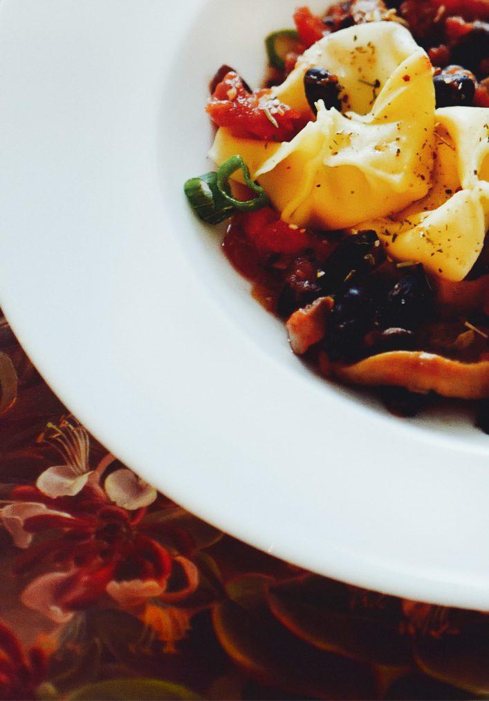 elegant serving of tortellini